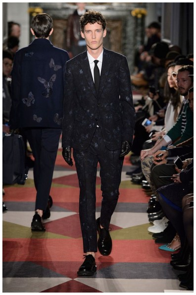 Valentino-Men-Fall-Winter-2015-Menswear-Collection-026
