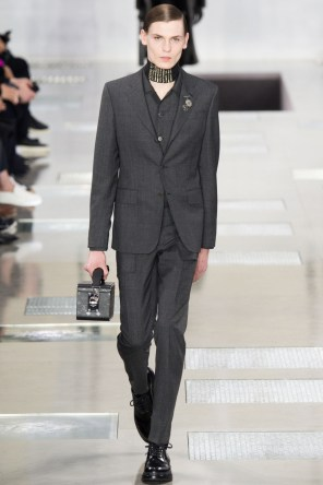 Louis-Vuitton-2016-Fall-Winter-Mens-Collection-002