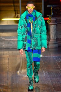 Moschino-2016-Fall-Winter-Mens-Collection-013
