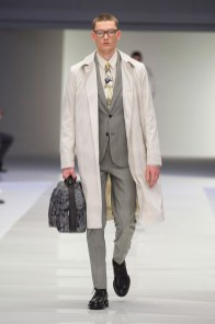 Versace-2016-Fall-Winter-Mens-Collection-004