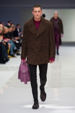 Versace-2016-Fall-Winter-Mens-Collection-038