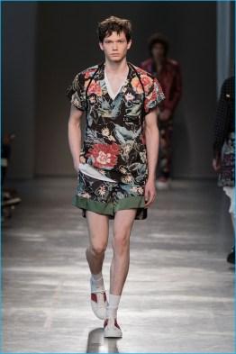 Christian-Pellizzari-2017-Spring-Summer-Mens-Runway-Collection-007
