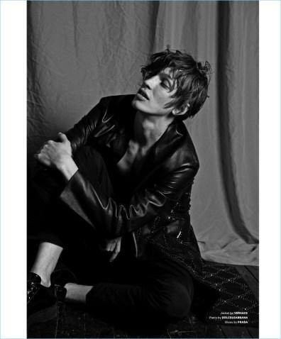 Lucas-Satherley-2017-Editorial-Essential-Homme-007