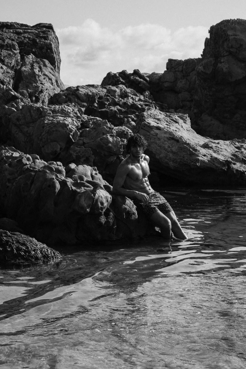 Azzaro-Paris-Spring-Summer-2019-Swimwear-Campaign-008