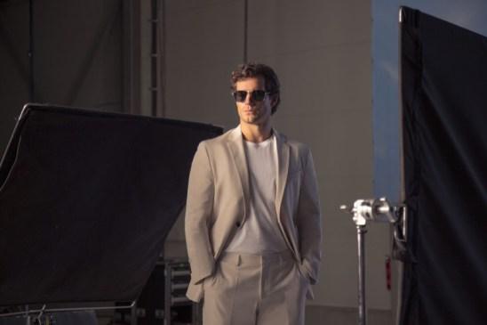 Behind-the-Scenes-BOSS-2019-Eyewear-Campaign-Henry-Cavill-002