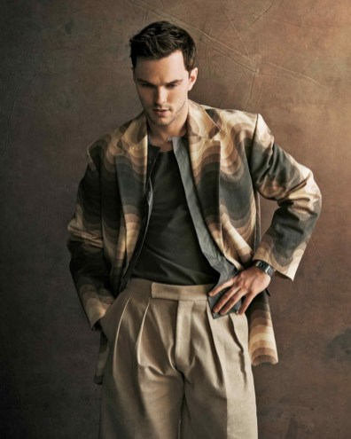 Nicholas-Hoult-2019-How-to-Spend-It-005