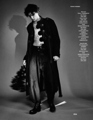 Tamino-2019-Vogue-Hommes-Paris-Photo-Shoot-009