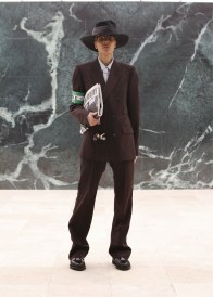 Louis-Vuitton-Fall-Winter-2021-Mens-Collection-015