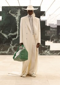 Louis-Vuitton-Fall-Winter-2021-Mens-Collection-031
