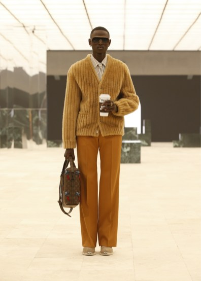 Louis-Vuitton-Fall-Winter-2021-Mens-Collection-052