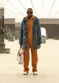 Louis-Vuitton-Fall-Winter-2021-Mens-Collection-054