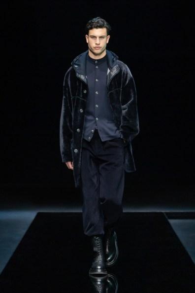 Giorgio-Armani-Fall-Winter-2021-Mens-Collection-012