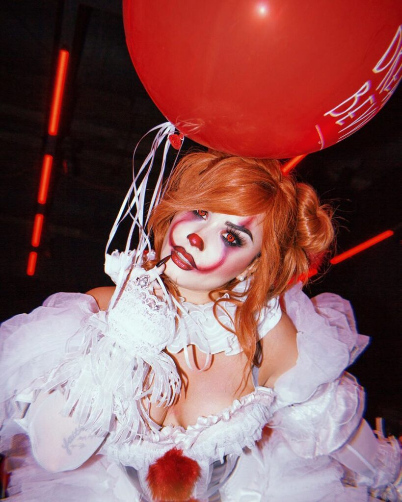 The Best Celebrity Halloween Costumes Demi Lovato It Pennywise