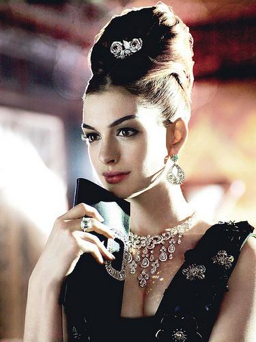 Anne Hathaway Vogue
