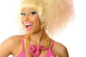Nicki Minaj fried Chicken wing necklace