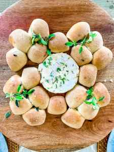 bread wreath