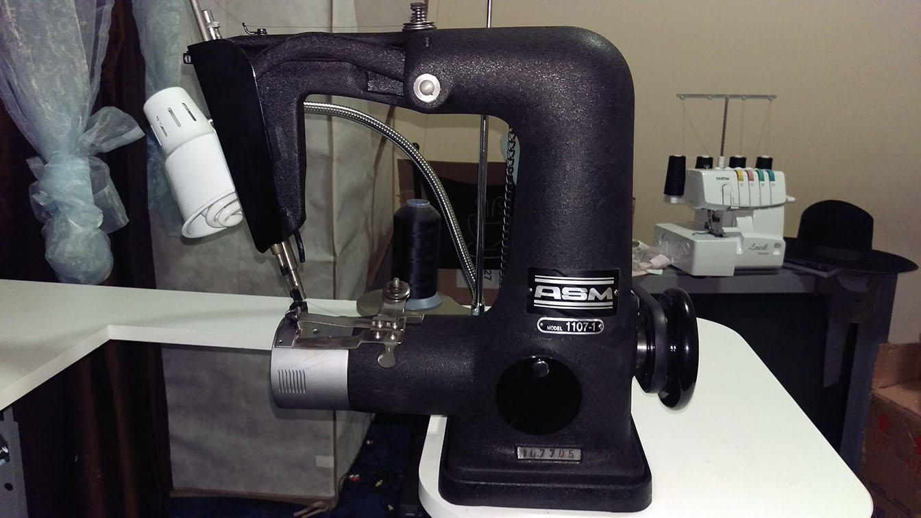 Sewing Machine For Sweatbands And Linings For Felt Hats