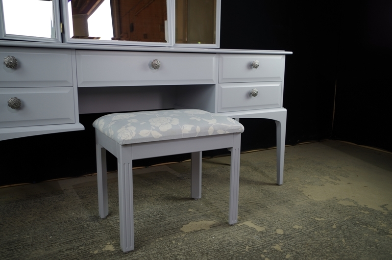Stag Dressing Table With Stool In Parma Grey Painted