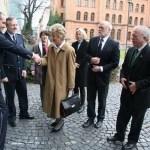 Besuch des 4. Polizeirevier durch OB Petra Roth und ihren Sicherheits- und Ordnungsdezernenten Volker Stein
