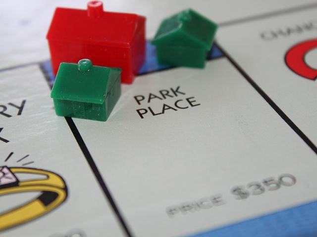 Retire Early, Retire Right - monopoly houses image