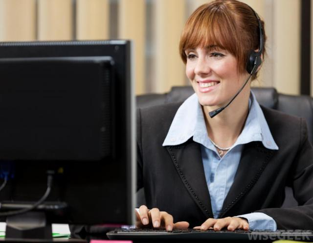 how to choose best office headsets - headset user image