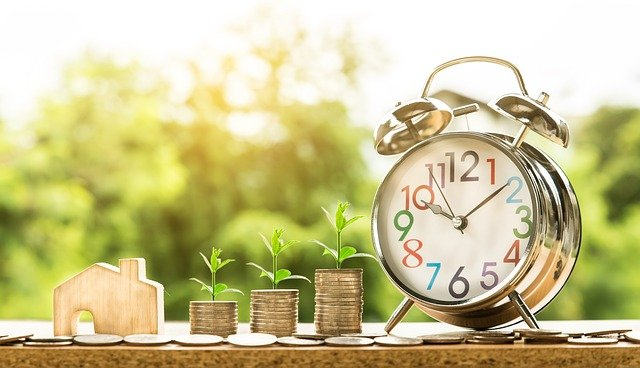 Smart Tips For Real Estate Investors - money growing over time image