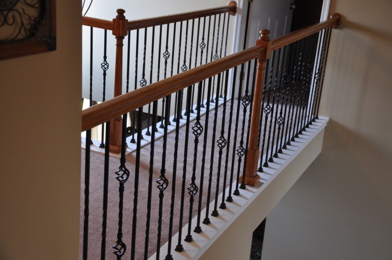 knee-wall-Iron-Balusters-in-Richmond-Va-1