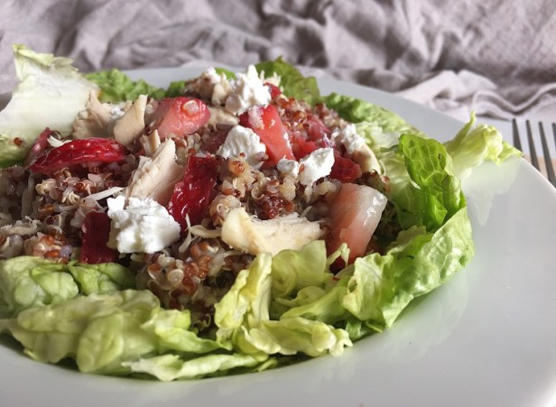 salade quinoa chèvre fraises