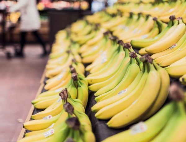 fruits-grocery-bananas-market