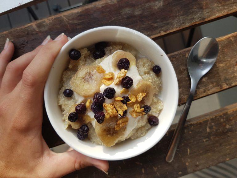 quinoa sucré recette petit dejeuner healthy