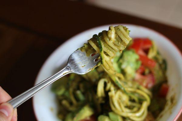 Zucchini Noodle Pesto avocado and tomato