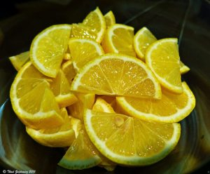 cleansing power of lemon, lemon wedges, lemon cleaner