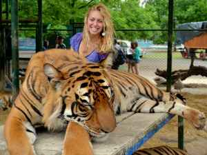 Lujan Zoo: the World's Most Dangerous & Controversial Zoo