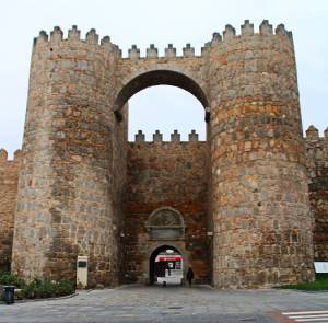 Ávila: Look At Those Medieval Walls!