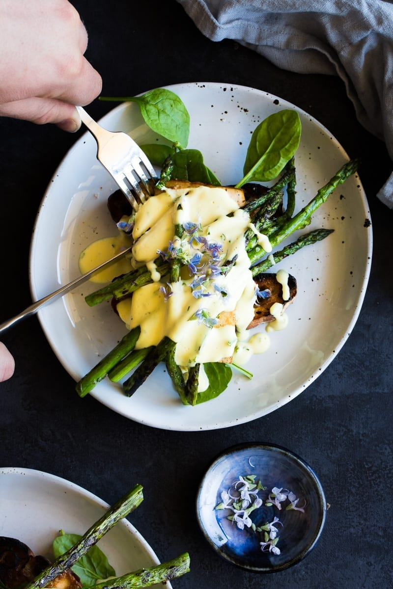 asparagus-tofu-benedict-macadamia-hollandaise-vegan-13-of-1
