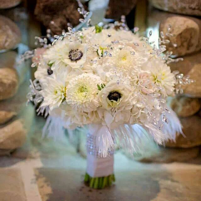 AshleyWedding_BouquetWhiteFlowers