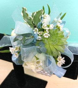 Prom Corsage White Green Design NC