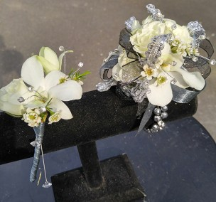 Prom Corsage and Boutonniere The Flower Diva NC