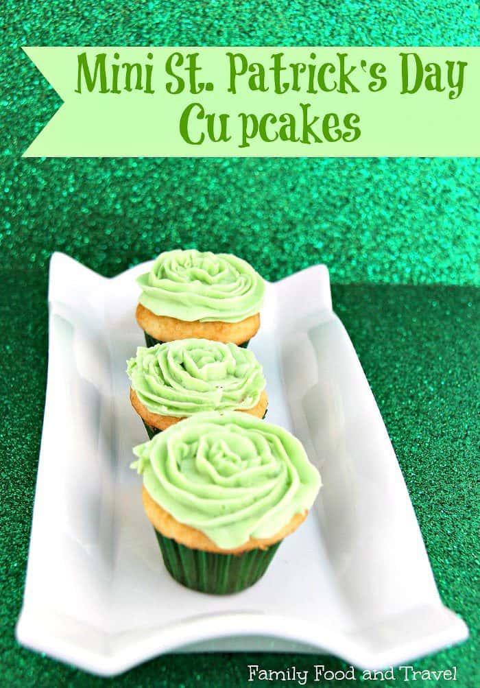 St. Patrick's Day Desserts. Mini Cupcakes.