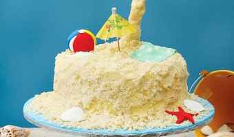 This Beach Party Gravity Cake is Amazing!