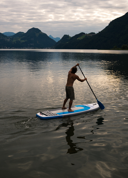 ENSIS iSUP with paddle boarder