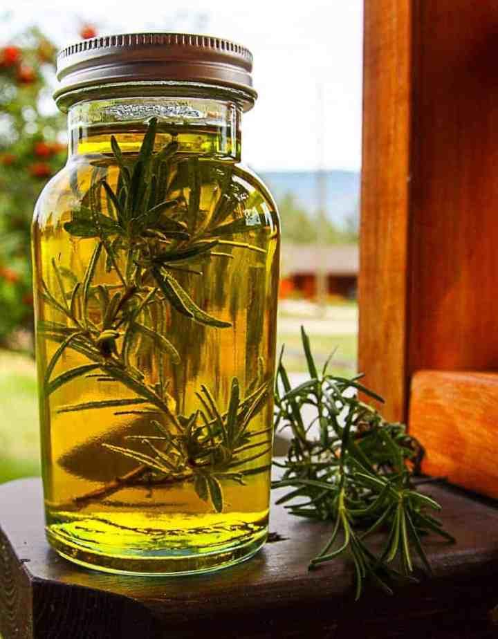Preserving Fresh Herbs - Rosemary Oil