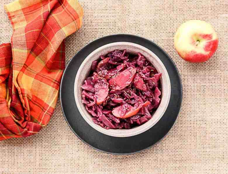 Slow Cooker Red Cabbage Apple Braise