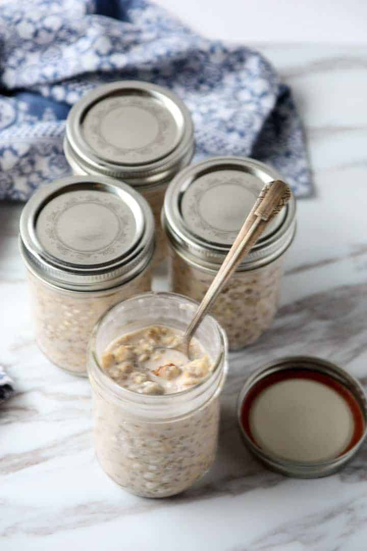Jars of overnight oats
