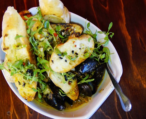Flying Pig Pub & Kitchen mussels and chorizo