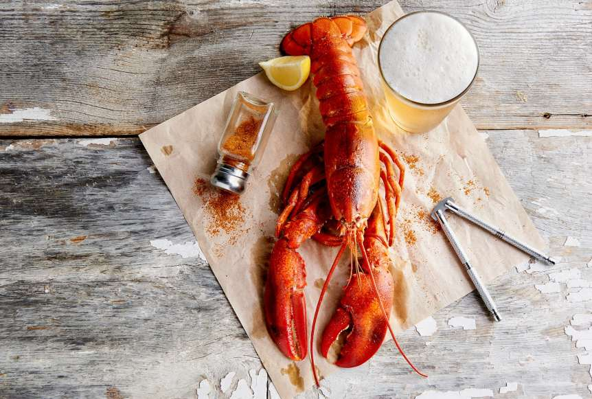 commercial food, food photography, advertising, restaurant, editorial, cookbooks, cook books, table top,seafood, lobster, beer, lemon, cajun, picnic, patio, dining, food styling, prop styling, Ralph Smith Food Beverage Photography