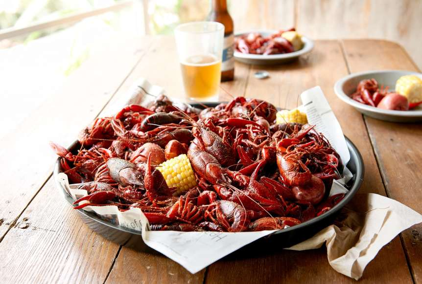 Ralph Smith Savory Food Beverage Photography, craw fish, corn, beer, joes crab shack, summer dining, food photography, commercial food, advertising, restaurant