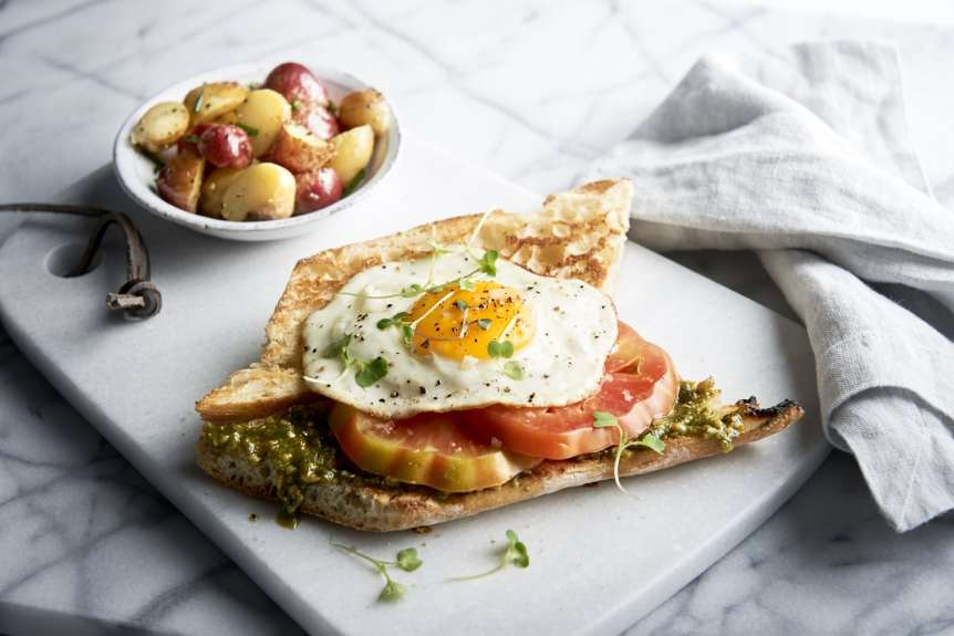 commercial food, food photography, advertising, restaurant, editorial, cookbooks, cook books, Dallas, Houston, food styling, prop styling, breakfast, eggs, heirloom tomatoes, toast, Ralph Smith Food Beverage Photography