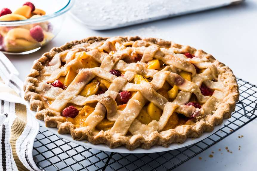 Manny Rodriguez Dessert Photography, commercial food, food photography, advertising, restaurant, editorial, cookbooks, cook book, pie, peaches and raspberry pie, wolf, subzero