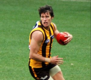 Aussie rules football player copy e1524545587967 - Australian Rules Football (AFL) and Podiatry
